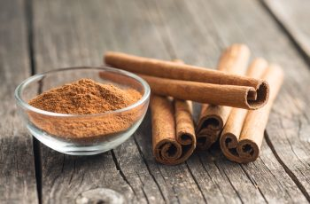 health benefits of cinnamon sticks